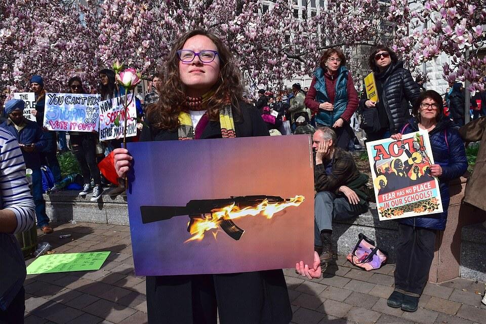 Najveći svjetski pokret za kontrolu oružja vode srednjoškolci: Ljeto rezervirali za aktivizam u 20 država