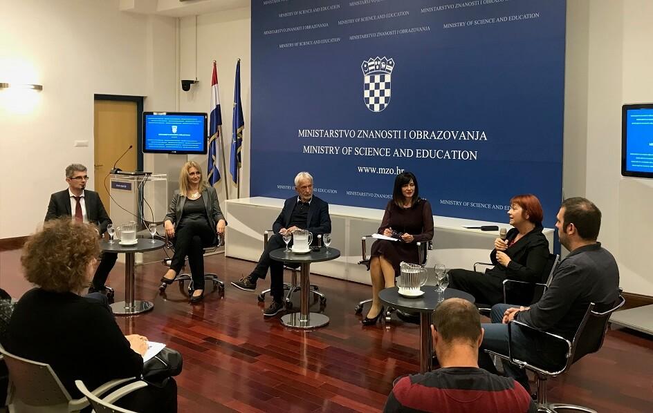 Rasprava o novom Zakonu: Ministrica i nakladnici natezali se oko loše komunikacije i statusa radnih bilježnica