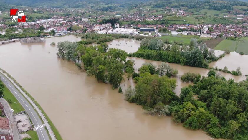 Izvanredno stanje: Zbog poplava prekinuta nastava u četiri škole, nekoliko ih najavilo tu mogućnost