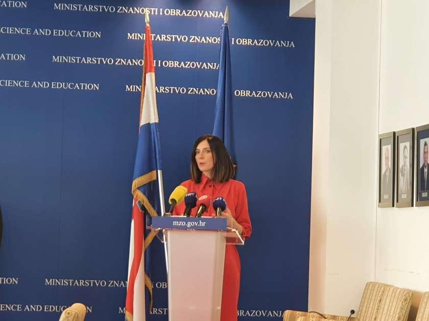ministrica Blaženka Divjak