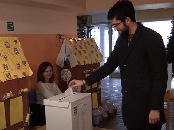 Pitali smo mlade izlaze li na izbore i za koga će glasati: Otkrili su nam i je li im uopće stalo do toga