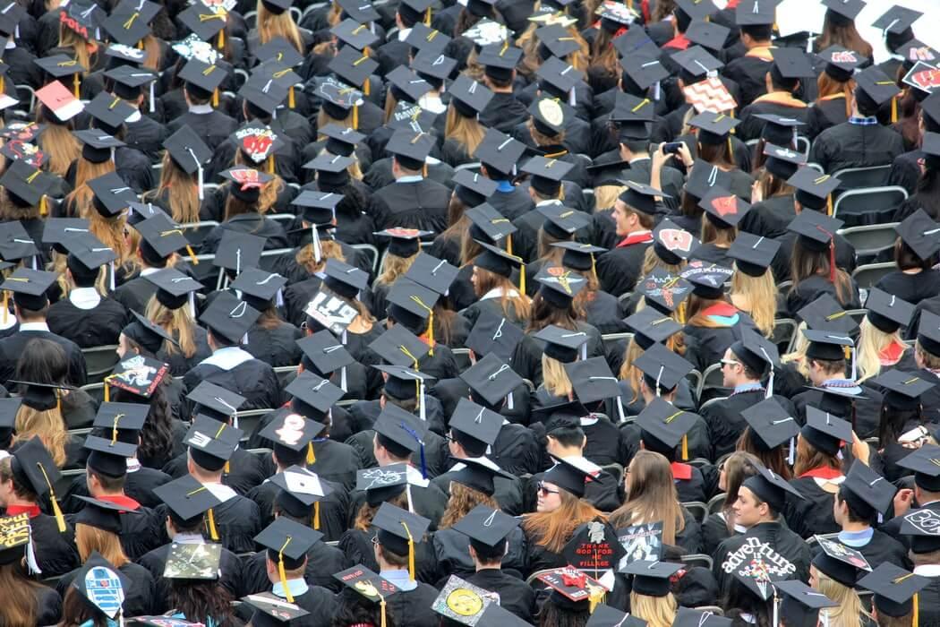 Koliko stvarno vrijede diplome u Hrvatskoj?