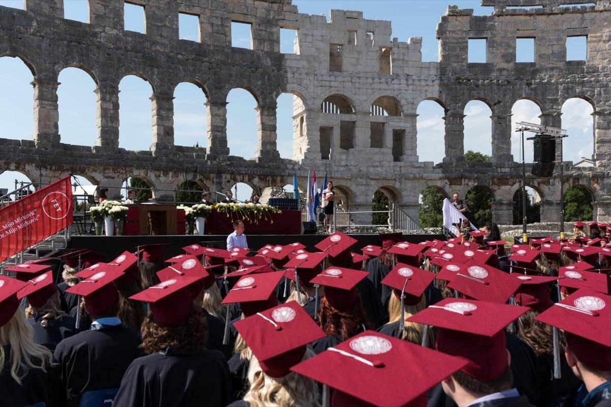 U Puli, gradu na moru u kojem se studira već 60 godina, čeka vas više od pedeset studijskih programa