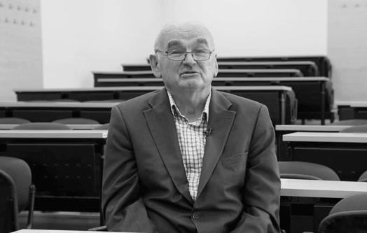 Tužan Dan učitelja: Preminuo legendarni profesor koji je obrazovao generacije učitelja