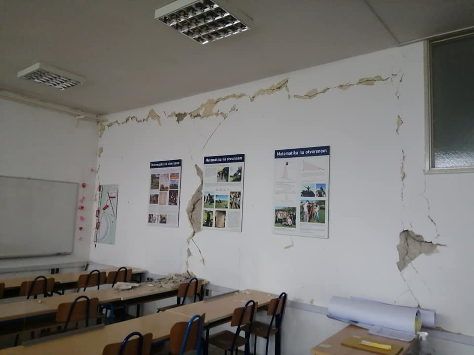 Srednja škola Glina nakon potresa