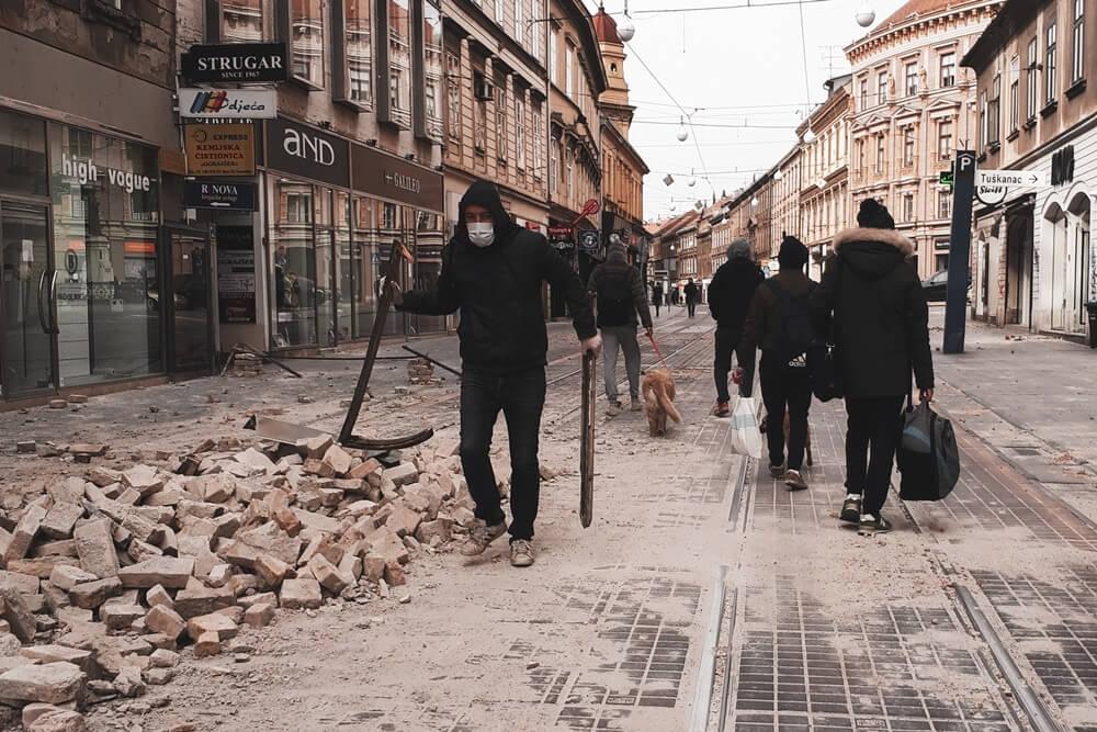 Pokrenuta peticija u Zagrebu: 'Brojni će učenici krenuti put škola i pritom biti životno ugroženi'