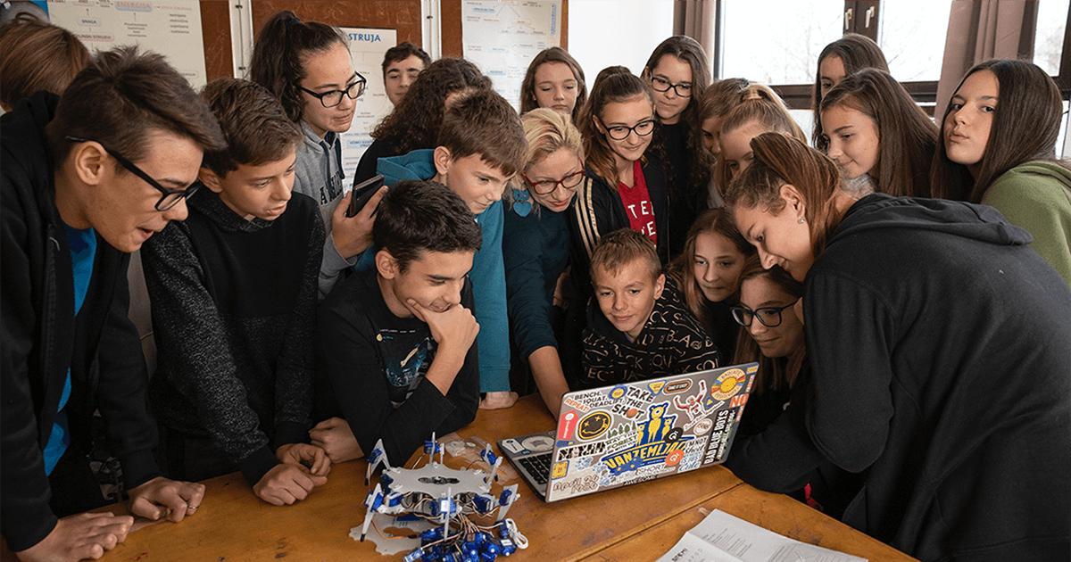 Pripreme za budućnost: Više od tisuću hrvatskih učenika ulazi u svijet umjetne inteligencije