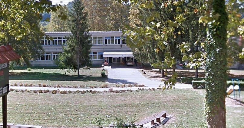 Prosvjednici nasilno upali u školu u Zagorju: 'Djeca su prestrašena, spremačica od šoka završila u bolnici'