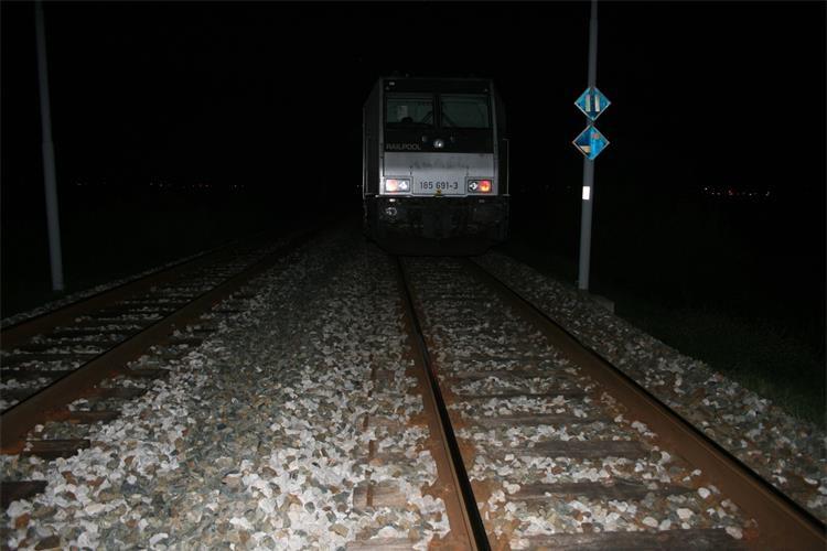 Velika tragedija u Slavoniji: U naletu vlaka poginula 14-godišnja učenica