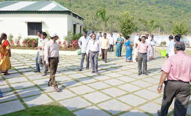 Crowd in Akshaya Gardens Mela