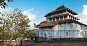 polonnaruwa UNESCO heritage sri lanka sri lankan riders