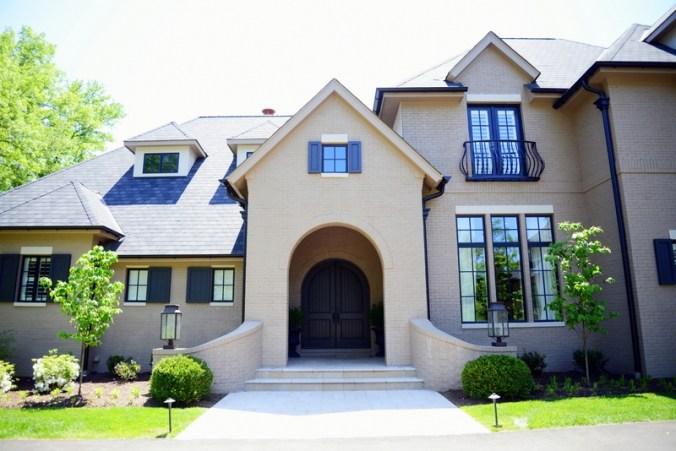 Warson Grove home front entrance design