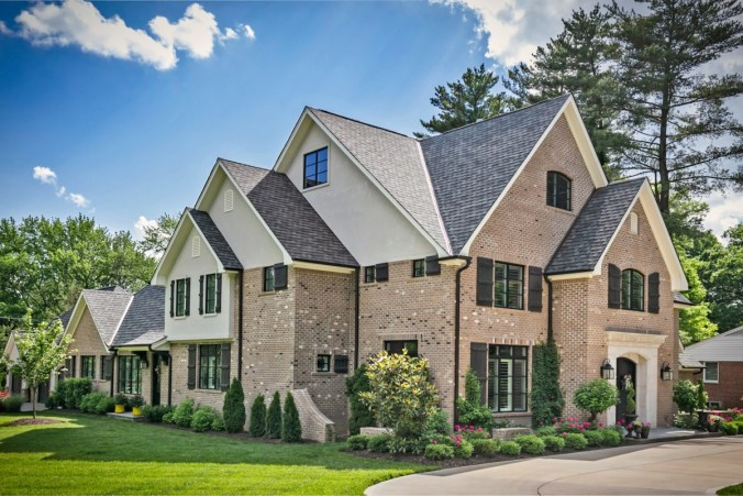 Architecture of traditional cottage inspired home in St Louis County