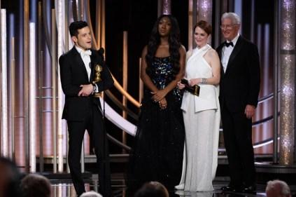 """Rami Malek recebe o prêmio de melhor ator em filme de drama por """"Bohemian Rhapsody"""" (Foto: Divulgação / Crédito: HFPA Photographer)."""