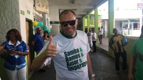 Personalidades prestigiaram ato #FicaLuizinho. Foto: Reprodução
