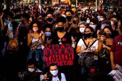 Manifestação contra o racismo na Avenida Presidente Vargas em 7 de junho de 2020. Foto: Nicolas Barbosa