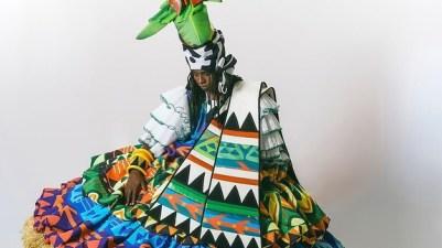 Fantasia de baiana do Império Serrano para o Carnaval 2022. Foto: Divulgação