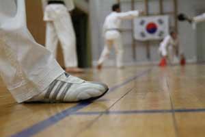 Wann darf man Schuhe beim Taekwondo-Training tragen?