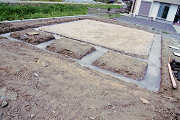 掘削と捨てコンクリートの打設
