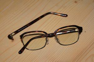メガネが壊れちゃいました