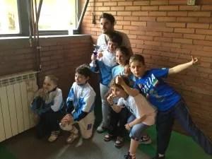 Il Maestro Lorenzo Nini con i piccoli Fiorettisti che hanno partecipato alla gara.