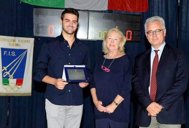 Damiano Rosatelli con il consigliere della F.I.S. Paolo Azzi (foto A. Bizzi per Federscherma)