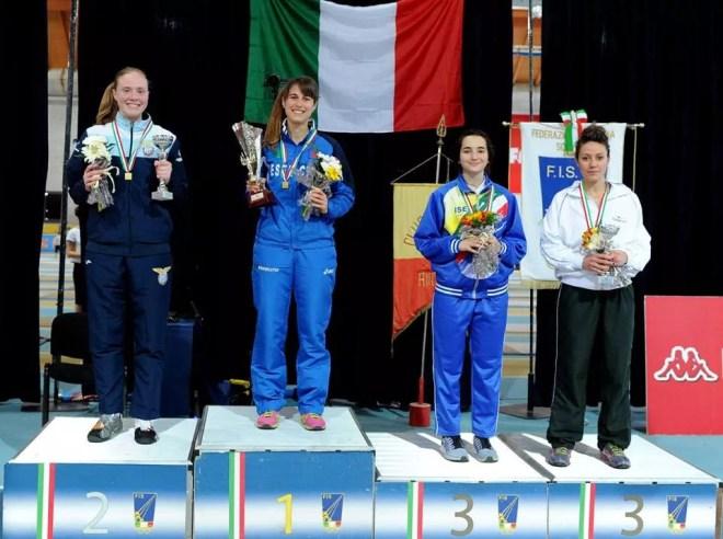 Ancona 7.5.2016 Susan Sica sul podio (foto Trifiletti per Federscherma)