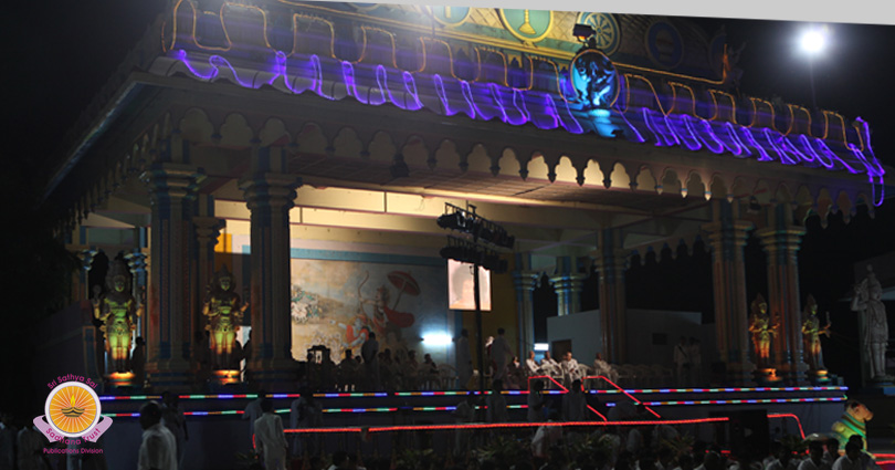 Dazzling Deepavali Twilight in Prasanthi Nilayam