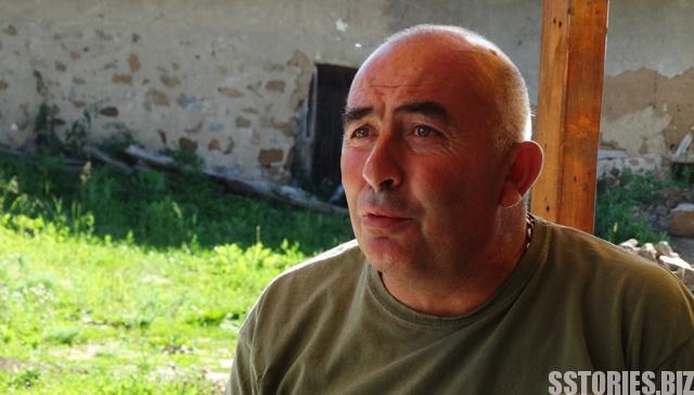 Кметът на Байлово Бойко Неделчев е един от хората, които знаят и пазят писмени спомени за писателят Елин Пелин