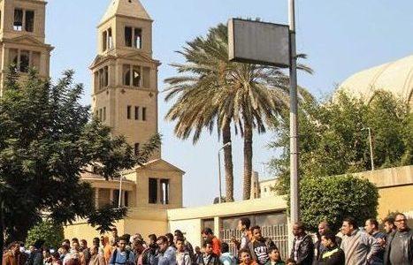 """مصر… 3 قصص حزينة بعد التفجير من داخل """"قاعة الدم"""" بكنيسة البطرسية"""