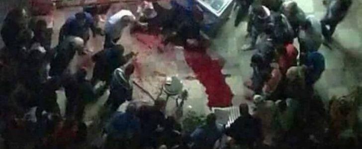 """فيديو.. لحظة ذبح """"يوسف لمعي """" صاحب محل خمور بالإسكندرية"""