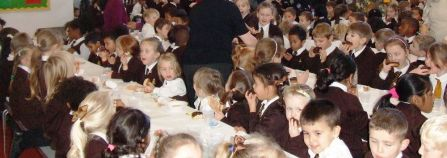 Children's Christmas Lunch 2015[15]