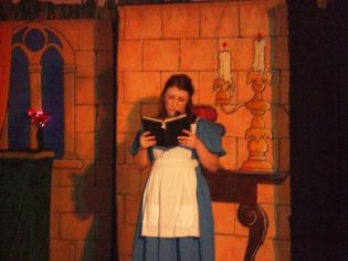 Panto 2015 - Beauty and the Beast[4]
