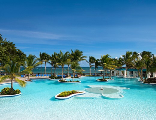 Coconut-Bay-pool
