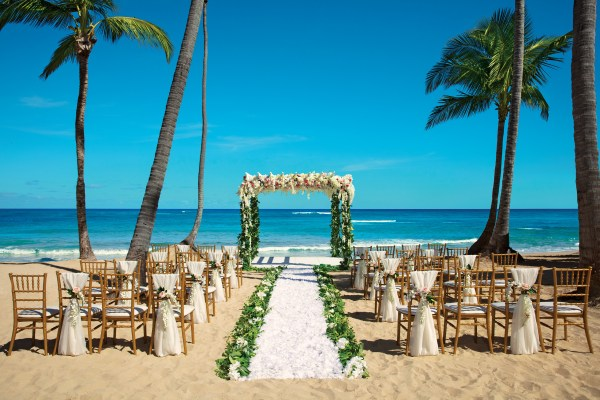 10 best destination islands to say i do