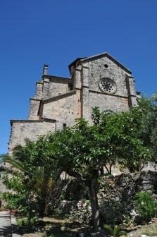 Ferentino: la zona absidale di Santa Maria Maggiore. Foto Daniele Baldassarre con Nikon D300 + Sigma 17/35 mm D; ore 11,42 dell'8 giugno 2009.