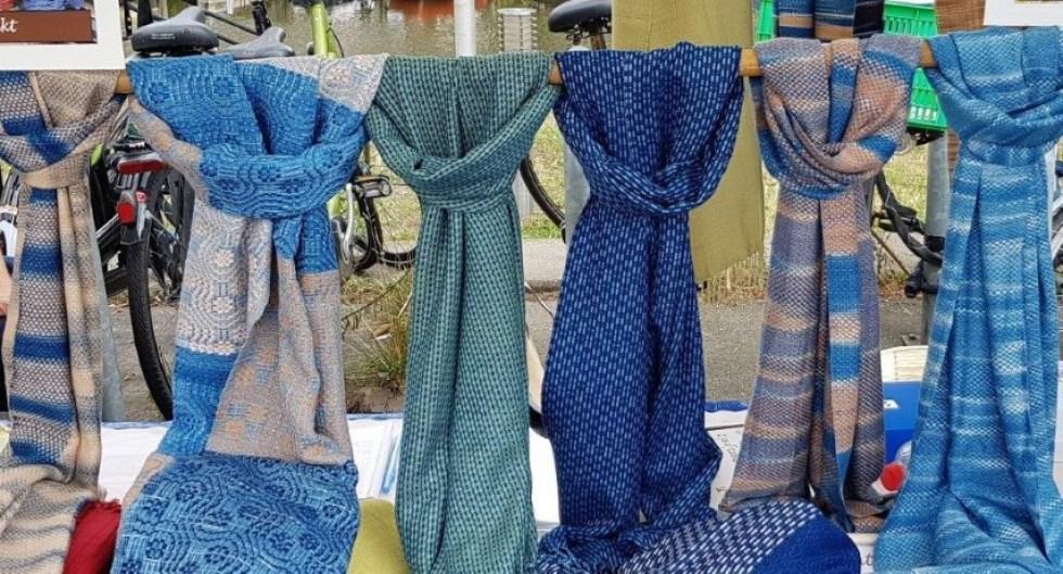 sjaals op een rijtje