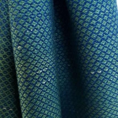 groenblauwe sjaal met raindrop motief