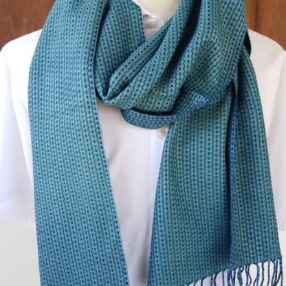 turqoise sjaal met indigo blauw