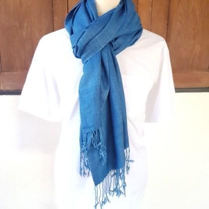 zachtblauw indigo omslagdoek