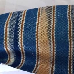 lichtblauwe sjaal met wit en bruin