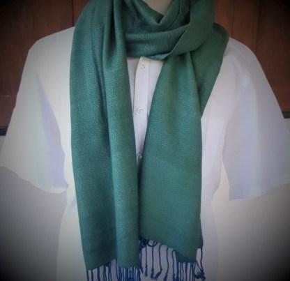 klassieke groene sjaal met de hand geweven