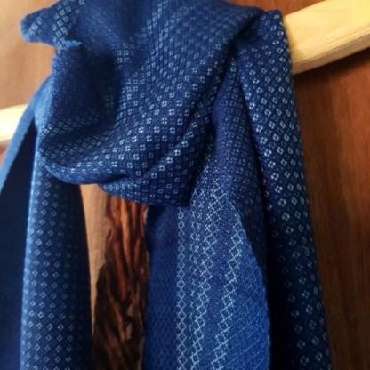 klassieke blauwe sjaal indigo met wit