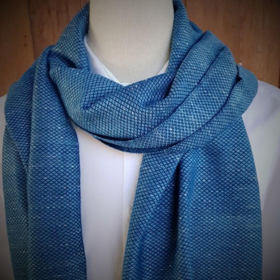 lichtblauwe sjaal