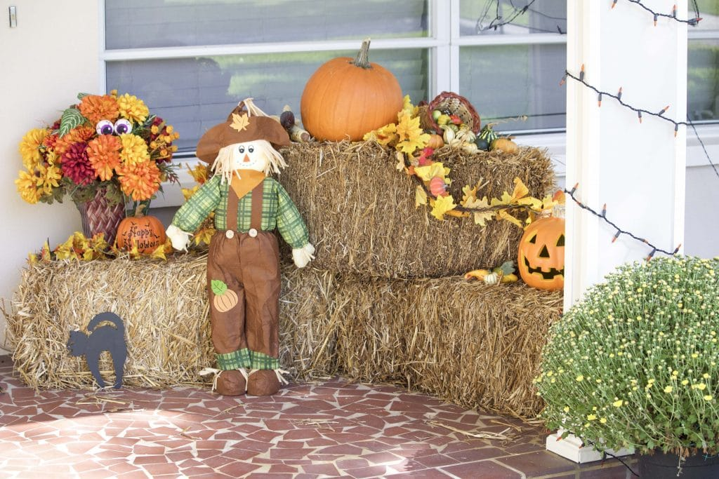 decorate-your-front-porch-for-fall