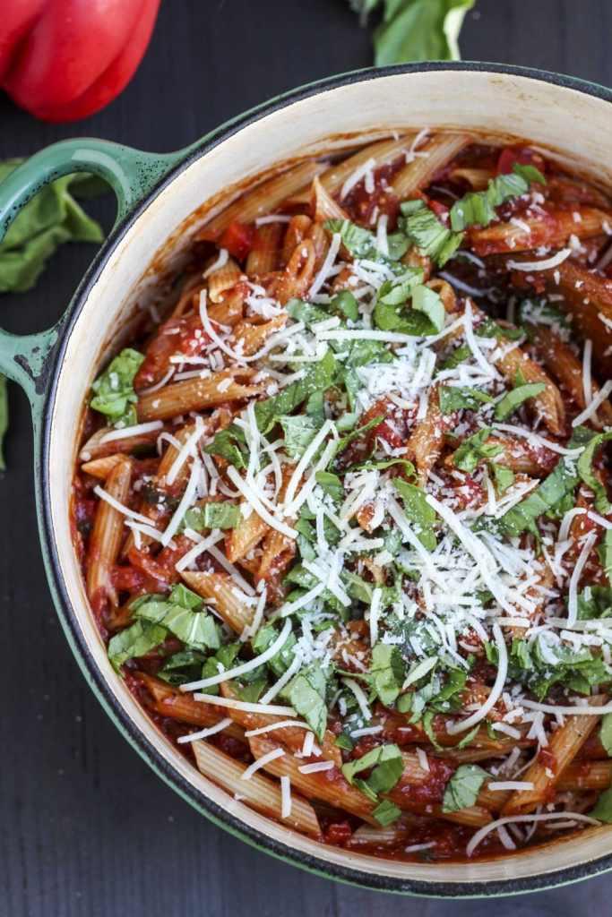 red-pepper-tomato-basil-pasta-10.jpg_1
