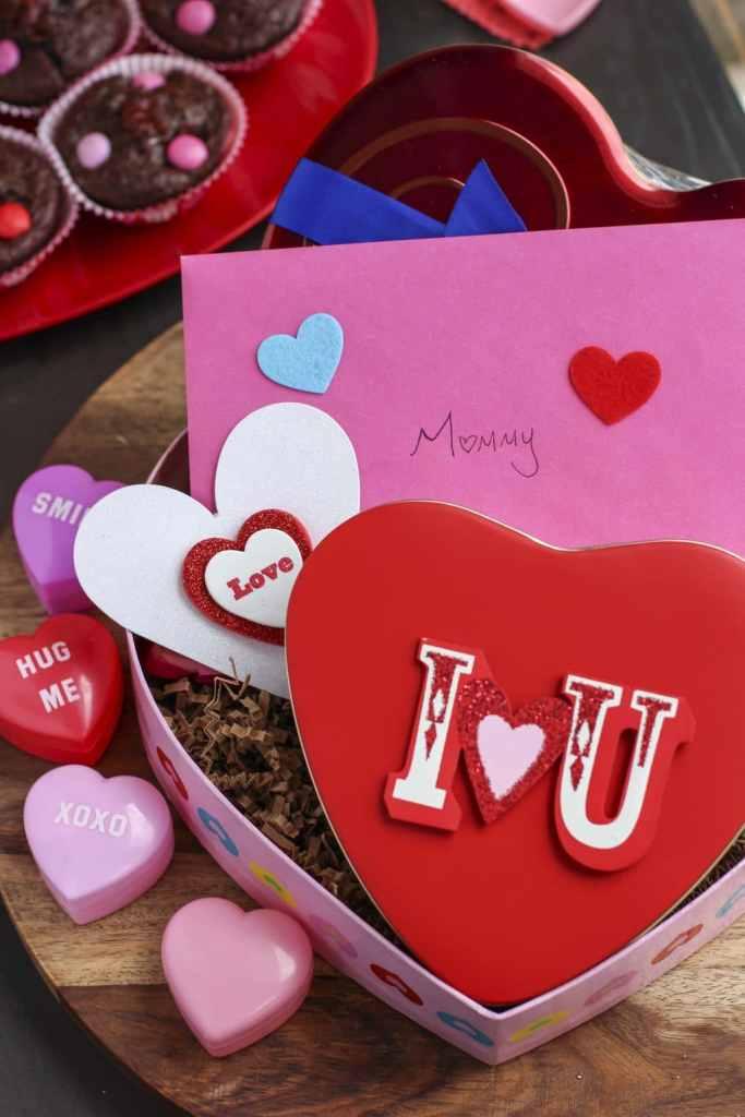 Valentine muffin gift basket
