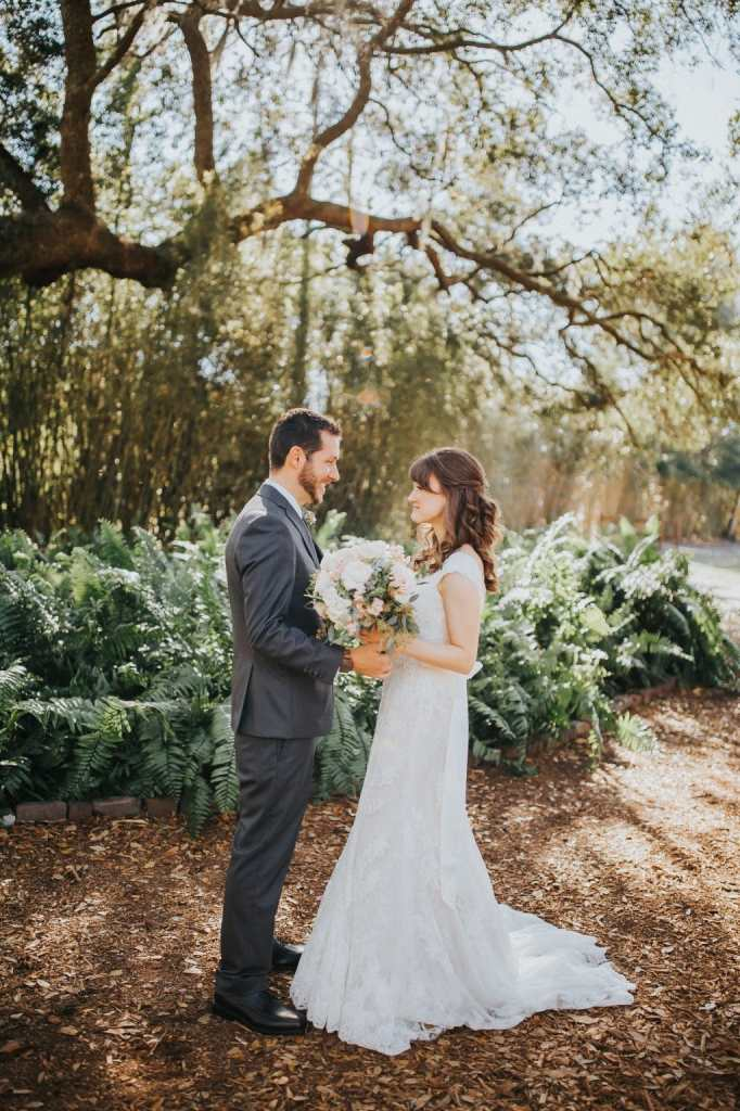 5 reasons why you should do a first look on your wedding day i recently shared all the details from our beautiful cross creek ranch wedding but i wanted to do a separate post about why couples should do a first look junglespirit Gallery