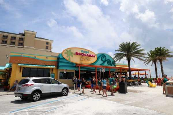 Outside view of Frenchy's Rockaway Grill on Clearwater Beach.