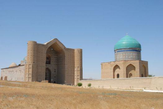 Kazakhstan-mausoleum_67742191-800x800